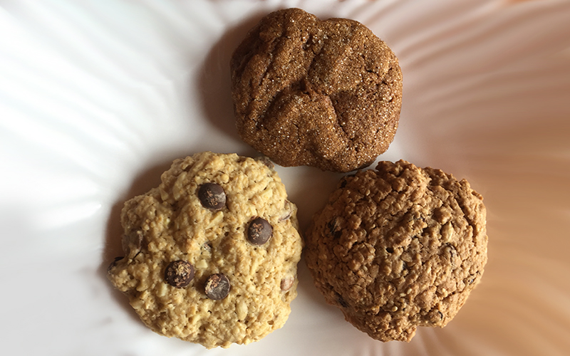Large Cookies: Chocolate Chunk, Oatmeal Raisin & Ginger Cookies